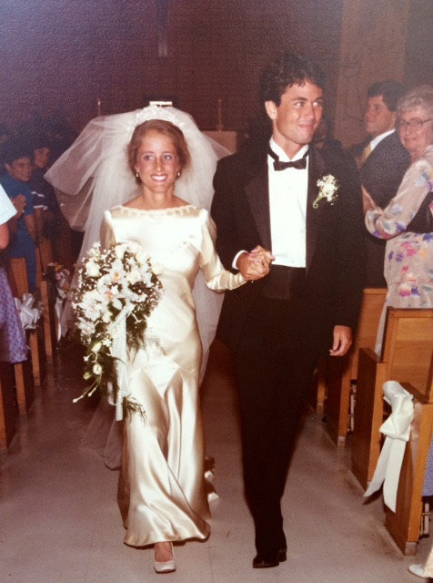 Marta Prietto O'Hara and Kevin O'Hara on their wedding day in 1983. (Foto cortesía de Marta O'Hara)